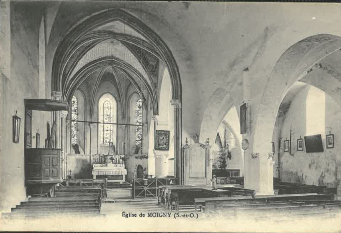 Eglise-1-avant-interieur-CP-