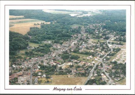 CP Moigny vue aérienne