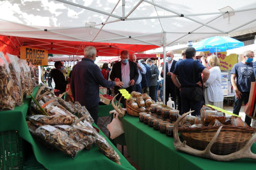 Marché rural Fraises et champignons