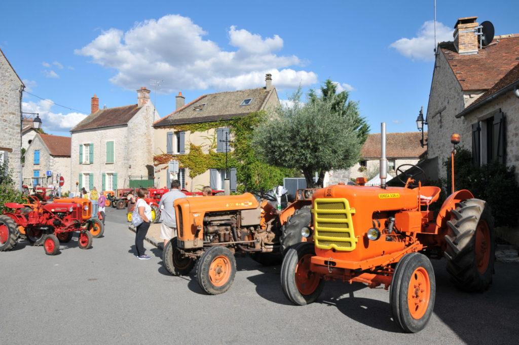 Marché rural Exposition Tracteurs anciens